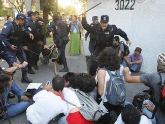Organizaciones civiles en 'alerta' tras detenciones por protestas contra EPN
