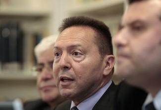 Gobierno griego acuerda con la 'Troika' el despido de 10.000 funcionarios 8c422581395845cd9dfb78442090b3fc