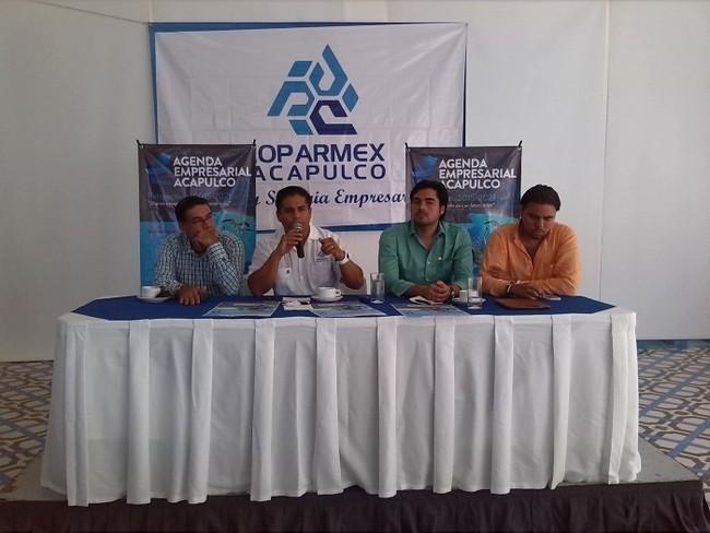 Tras desaparición de normalistas, turismo se desploma 60% en Acapulco   Noticias MVS