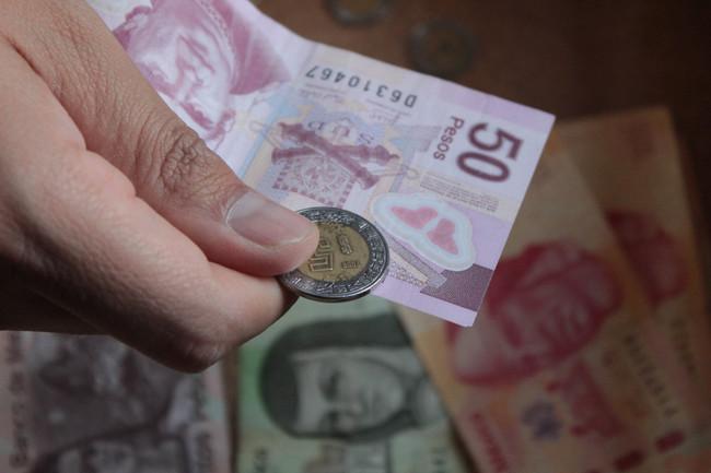 Cierra balanza comercial de México con saldo deficitario en 2013: INEGI