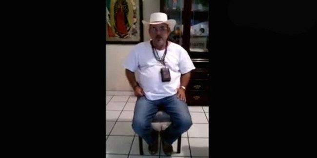 Pide Hipólito Mora ayuda a mexicanos y comunidad internacional